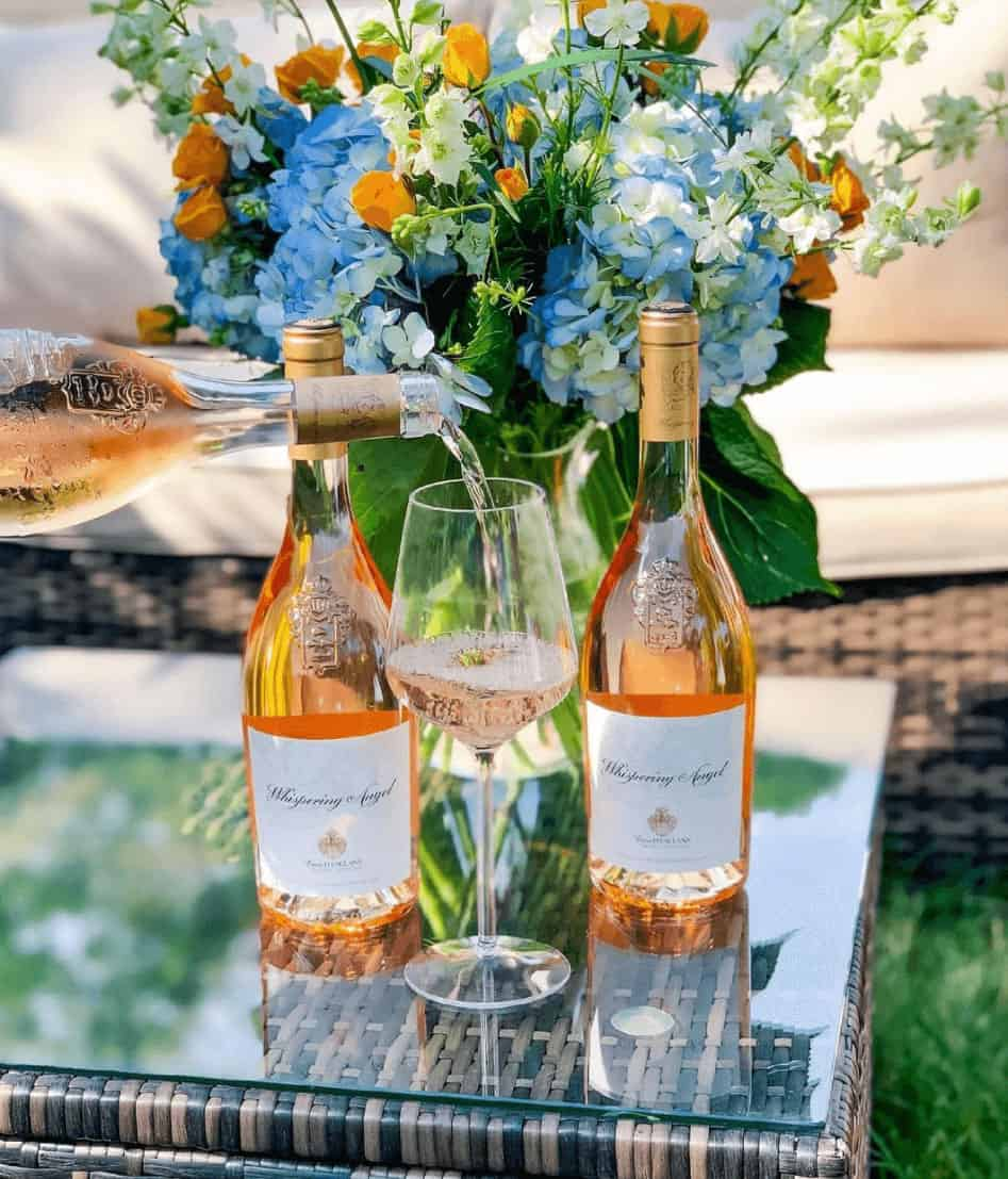 THE PERFECT ROSÉ GLASS